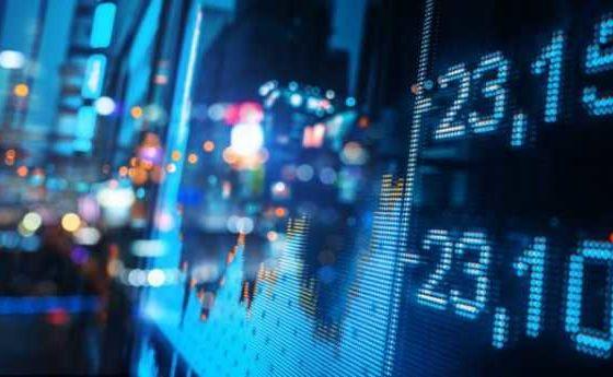 За последний год пользователи вывели с бирж биткоины на сумму около млрд